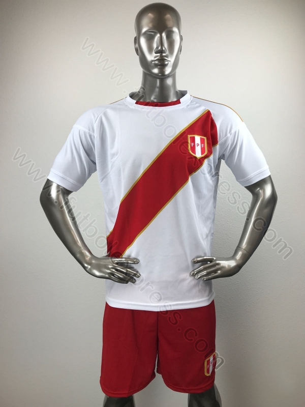1e5be42eb95e8 Uniforme de Soccer Peru Local 2018